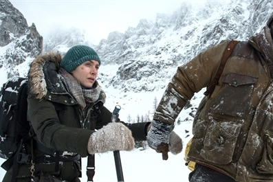 The Mountain Between Us (12A) at Ely Cinema tickets on the door from 7pm